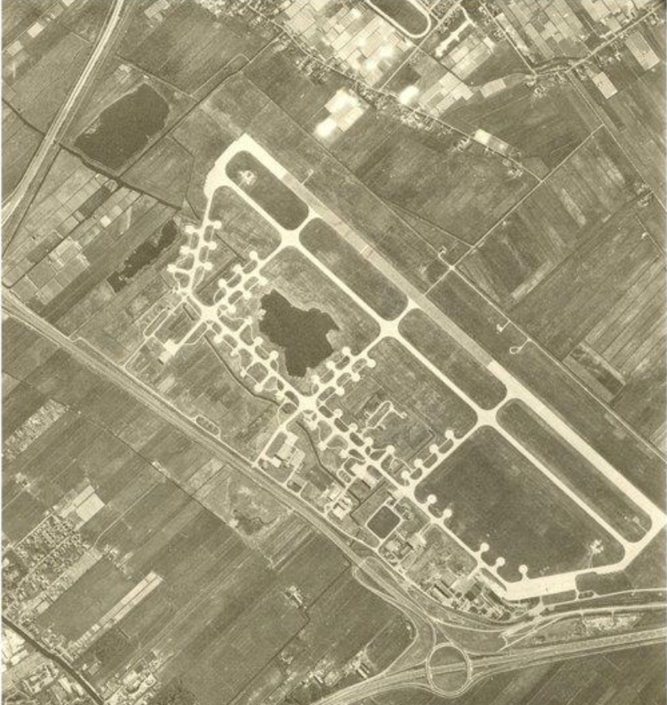 Luchtfoto vliegbasis