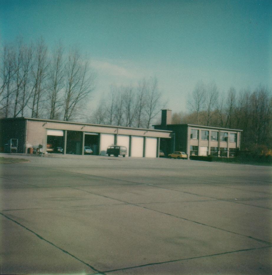 Brandweergebouw van veldzijde